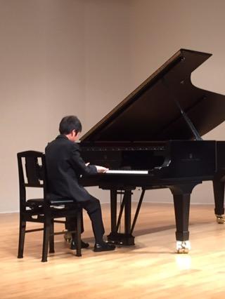 課題を乗り越える 〜ピアノ発表会〜